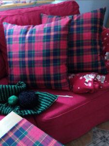 poduszki w kratke
